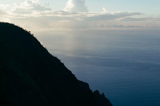 Ridge and Pacific Ocean behind it, at Sunset, Koke'e State Park, Kaua'i, Hawaii