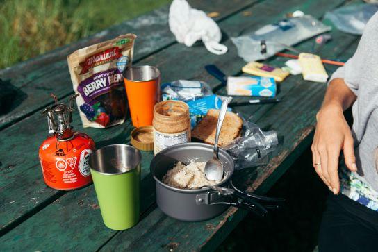 Petit-déjeuner sur le campement, Koke'e State Park, Kaua'i, Hawaii