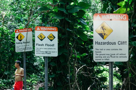 Signs at trailhead, Kalalau Trail, Kaua'i, Hawaii